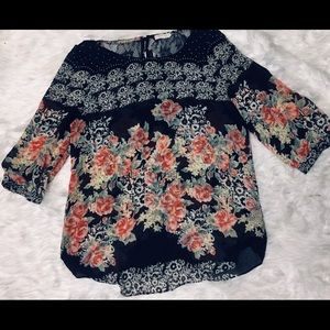 Sheer floral boho blouse with lace accents size m